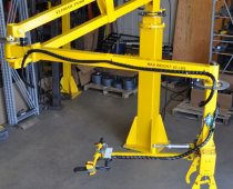 Pneumatic Manipulator Arm Handles Steel Bars